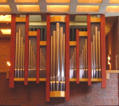 Hässelbystrands kyrka